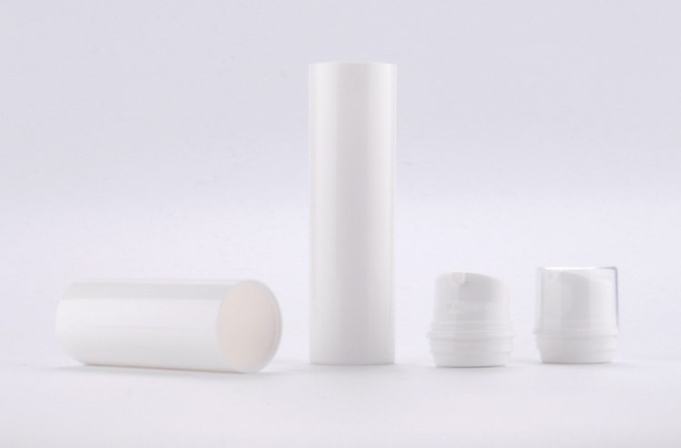 plastic airless cosmetic bottle