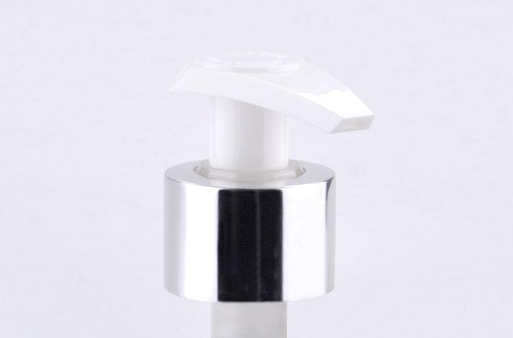 Twist lock plastic lotion pumps