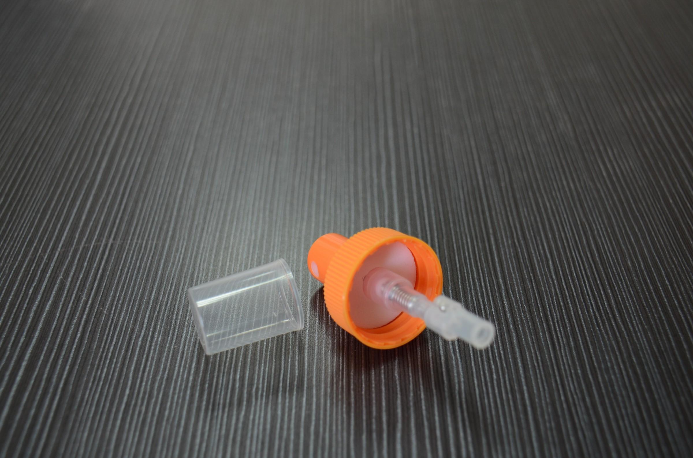 Orange 360 degrees ribbed spray mister