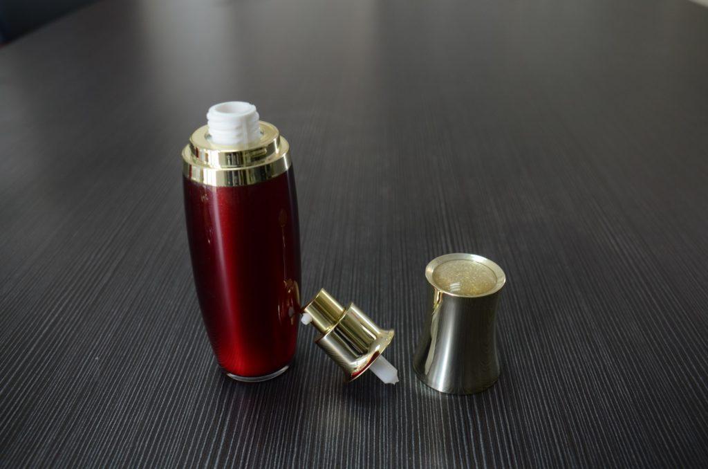 bottle for serum