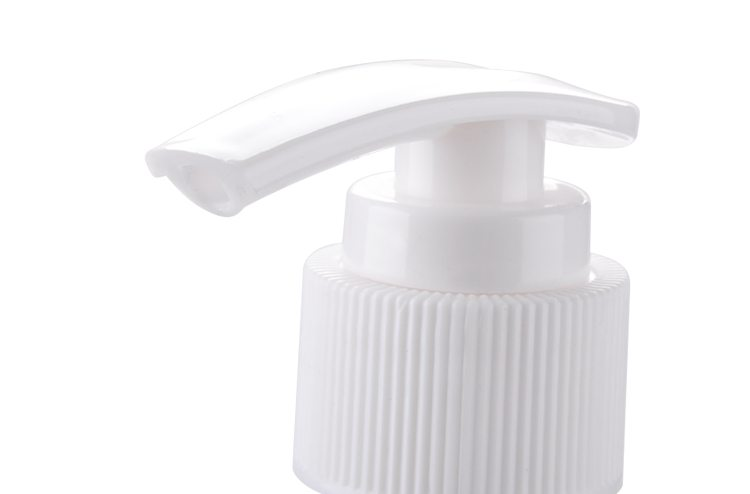 Ribbed White Shower Foam Heads