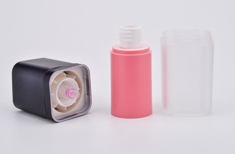 square cosmetic airless bottle